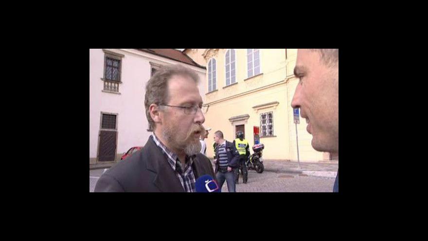 Video Martin Špaček popisuje, jak do něj najížděl zastupitel Humpolíček
