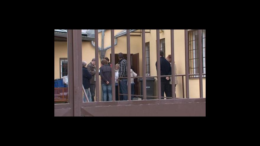 Video Policisté byli na místě přepadení dřív, než stačil pachatel utéci
