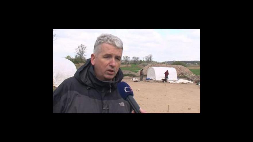 Video Archeolog Lumír Poláček o odkrytém skladu nářadí z 9. století