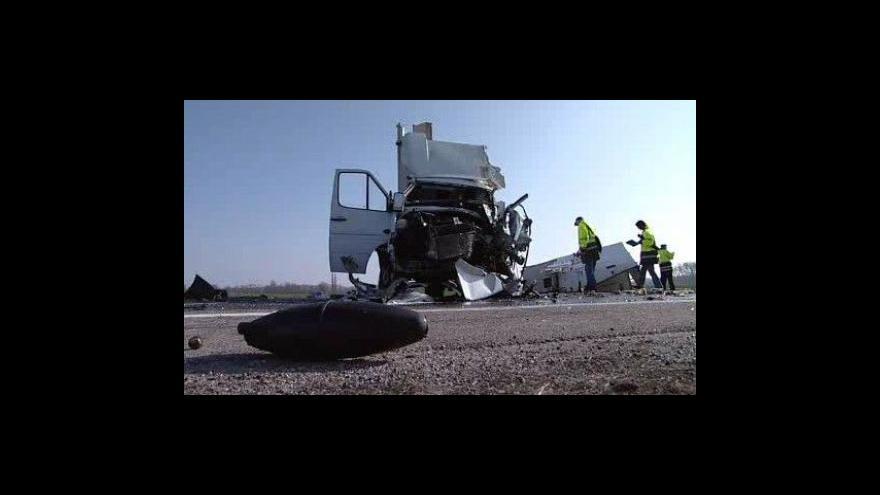 Video NO COMMENT: Nehoda u Pasohlávek