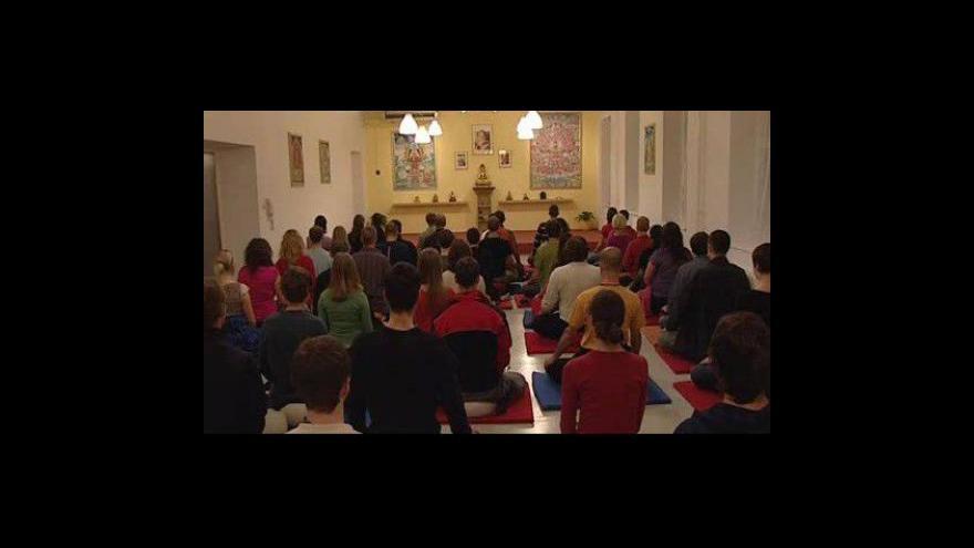 Video NO COMMENT: Brněnští buddhisté