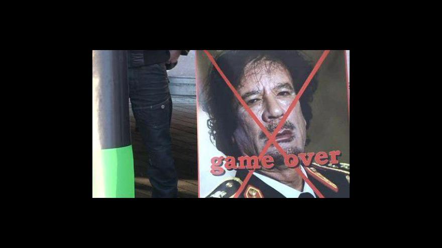 Video NO COMMENT: Lybijská komunita v Brně si připoměla oběti Kaddáfího režimu