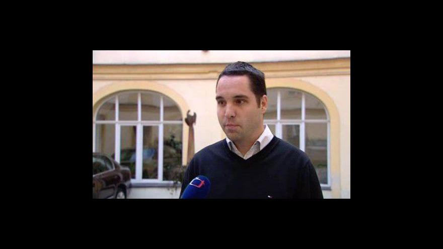 Video Mluvčí ministerstva školství Václav Koukolíček o památníku