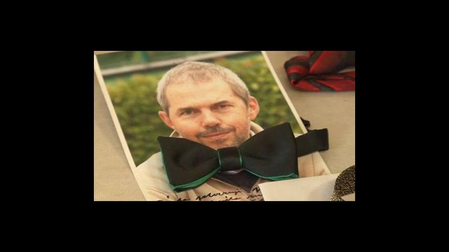Video NO COMMENT: Sdružení Ratolest Brno pořádá aukci motýlků známých osobností