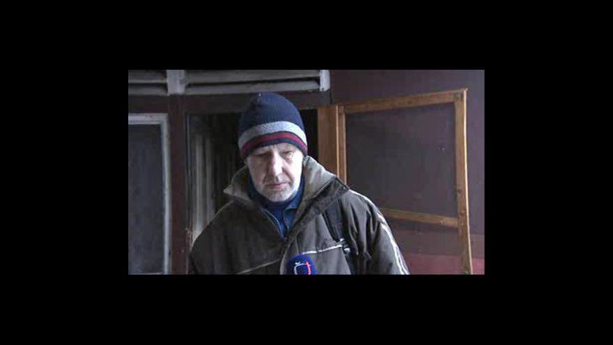 Video Bezdomovec Jiří o životě v bývalé tržnici