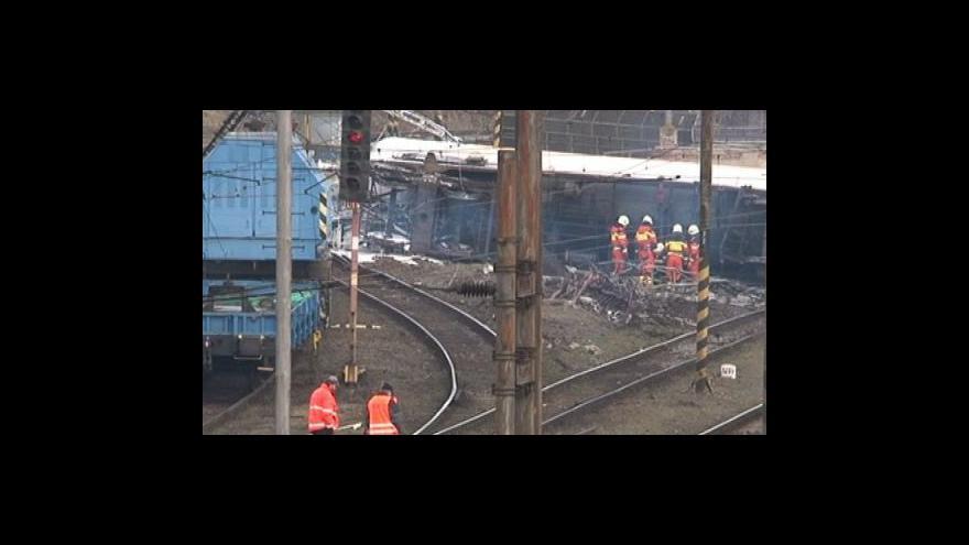 Video NO COMMENT: odstraňování následků nehody na železnici