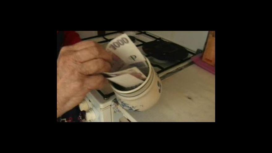 Video Důvěřivá seniorka přišla o šest tisíc korun