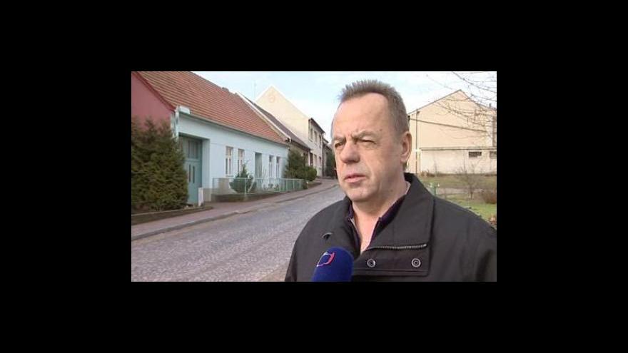 Video Starosta Bořetic Václav Surman o typických modro bílých ornamentech na vinných sklepech