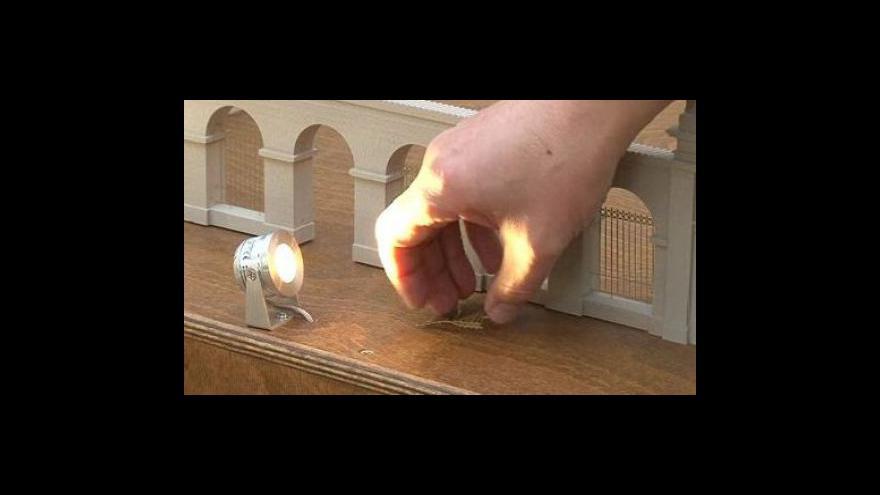 Video Návštěvnící muzea ničí miniatury Lednicko-valtického areálu