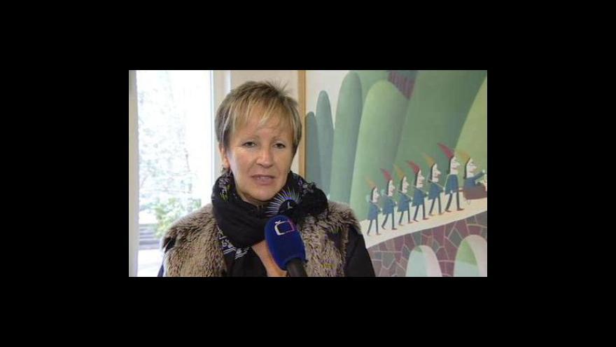 Video Jitka Pleskačová, sociální pracovnice z Kociánky, popisuje jednání společnosti