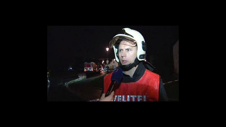 Video Velitel zásahu hasičů o likvidaci požáru