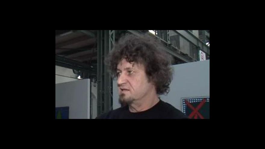 Video Stanislav Diviš, člen skupiny Tvrdohlaví k brněnské výstavě tvůrců 80. let