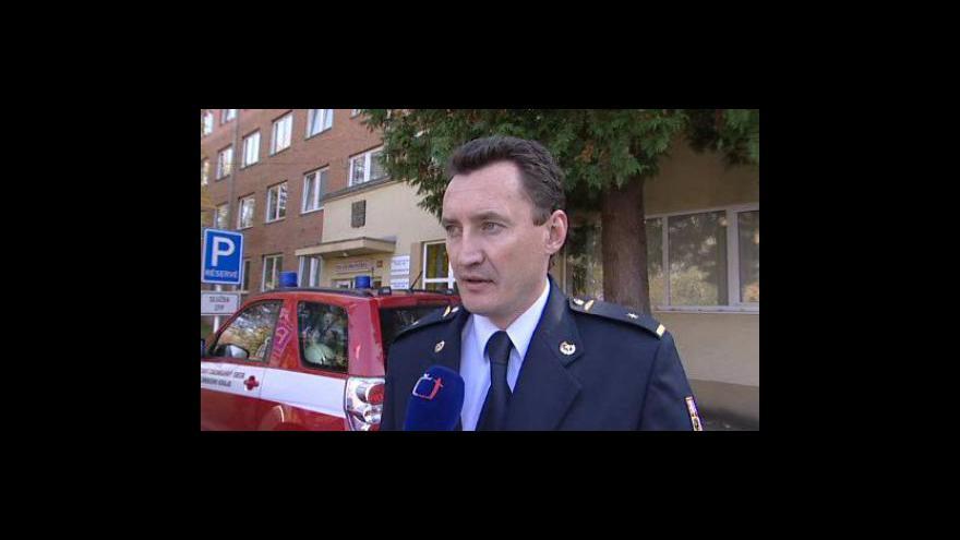 Video Mluvčí hasičů Ivo Mitáček o požáru statku na Vsetínsku