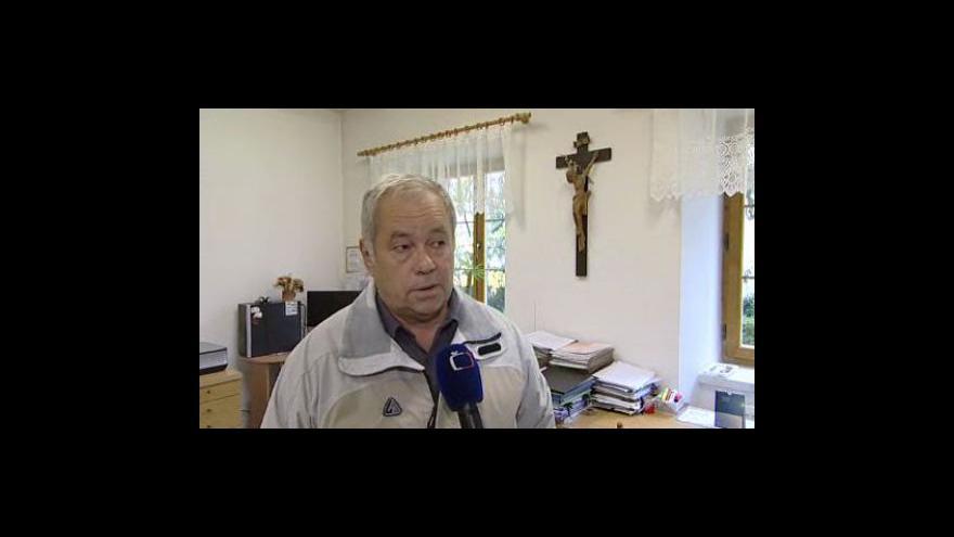 Video František Křivák, technický administrátor farního úřadu, o zřícení římsy