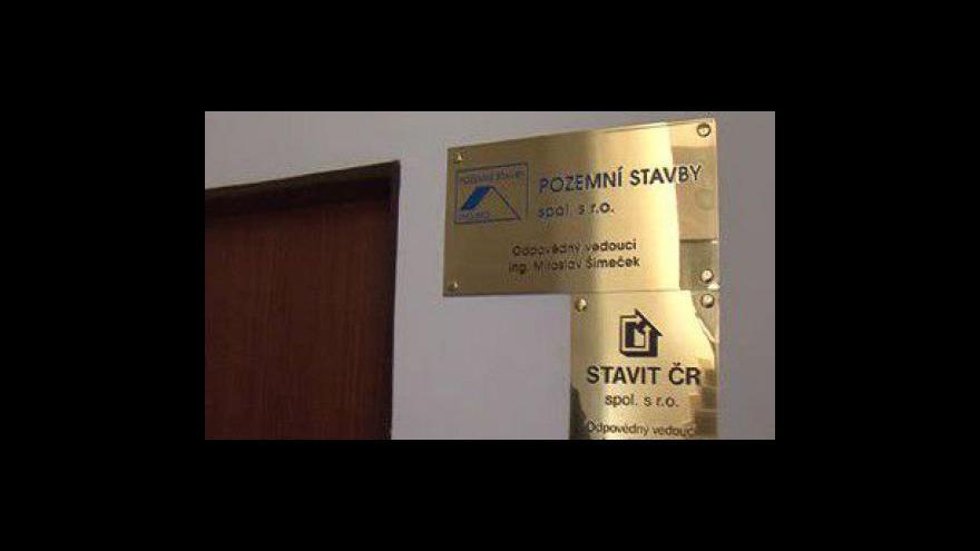 Video Ve stavebních firmách, které jsou zapleteny do korupce, chybí ředitelé