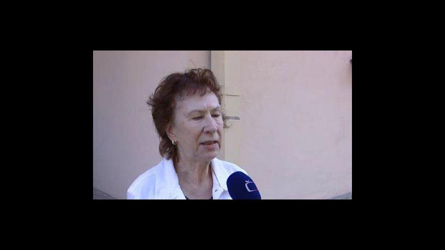 Video Obyvatelé protestují proti záměru vystavět multifunkční dům