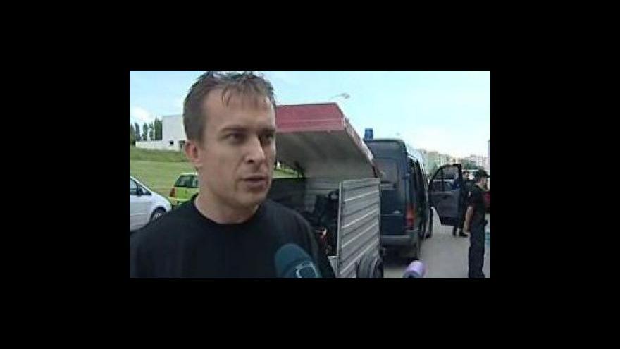 Video velitel speciálního týmu Roman Poč o pomoci povodněmi postiženým oblastem