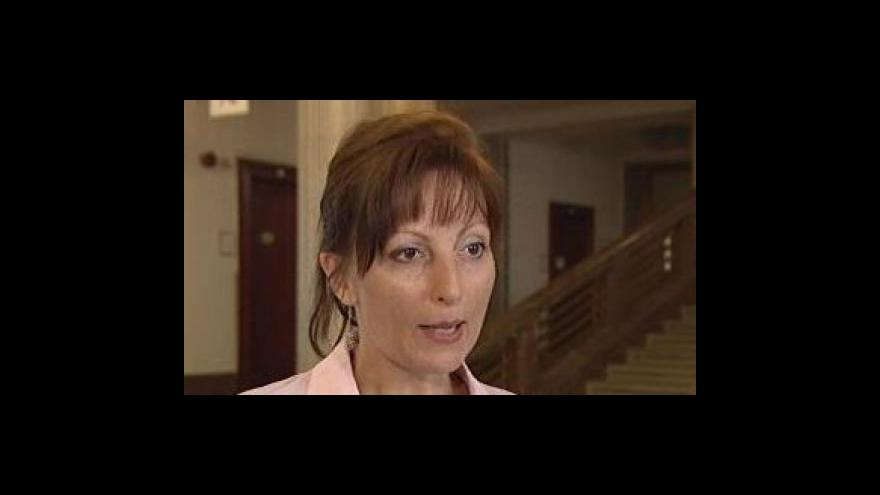 Video Tereza Dvořáčková, mluvčí ministerstva zemědělství, o poklesu pěstování modifikované kukuřice v kraji