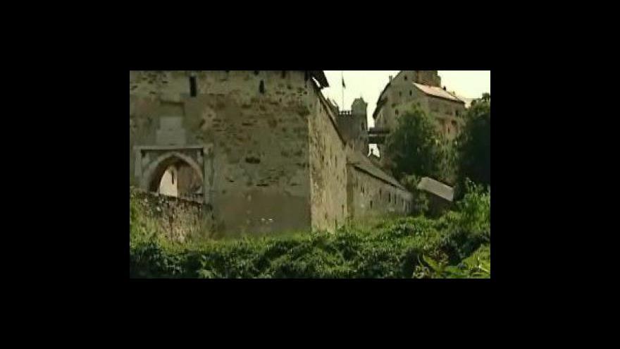 Video Eva Škrabalová, zástupkyně kastelána hradu Pernštejn, o záchraně zahrad