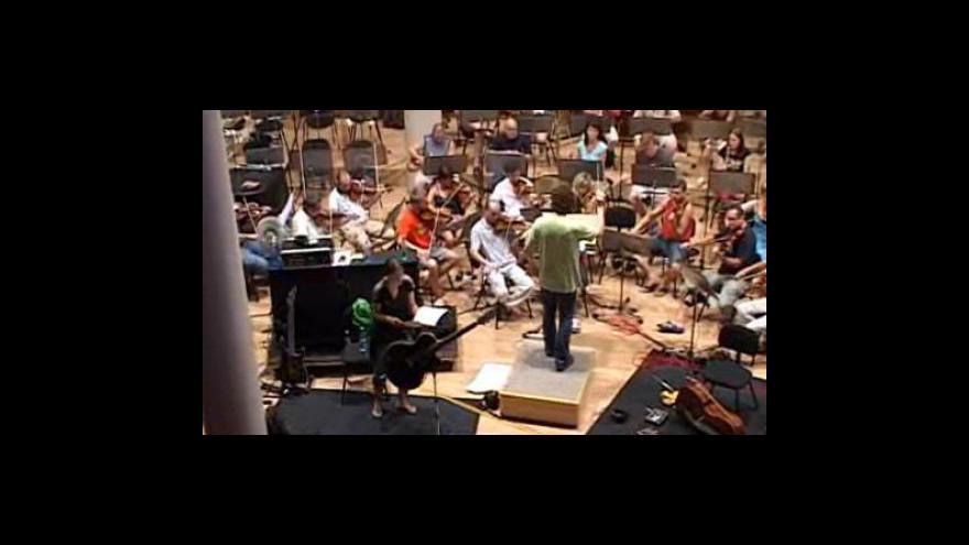 Video Zkouška Tarji Turunen a zlínského orchestru