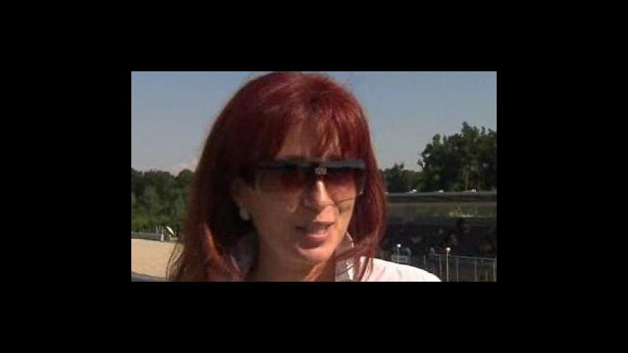 Video Ivana Ulmanová, ředitelka Automotodromu Brno, o testování Valentina Rossiho na brněnském okruhu