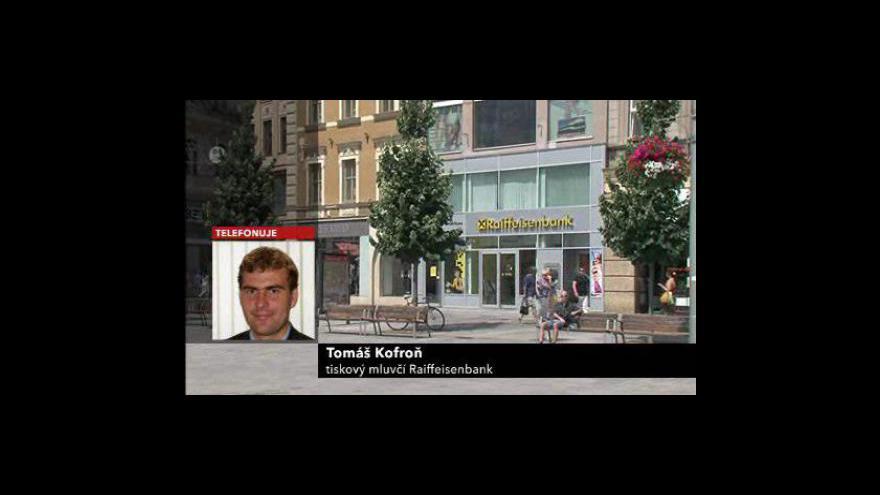 Video Mluvčí banky Tomáš Kofroň k vyplacení odměny