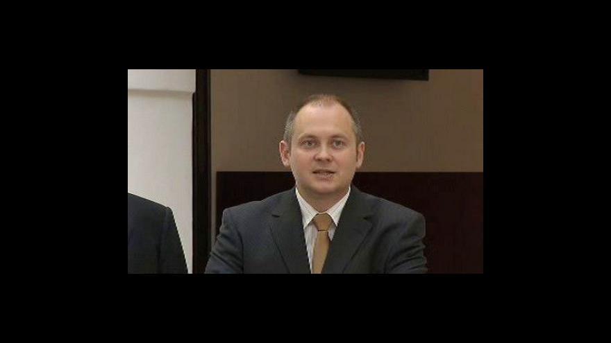Video Michal Hašek (ČSSD) o svém rozhodnutí zůstat hejtmanem i poslancem
