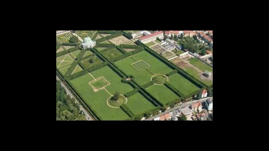 Video Kroměřížské zahrady procházejí rekonstrukcí