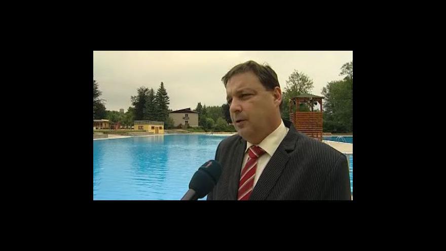 Video Starosta Boskovic Jaroslav Dohnálek (ODS) vysvětluje důvody rekonstrukce koupaliště