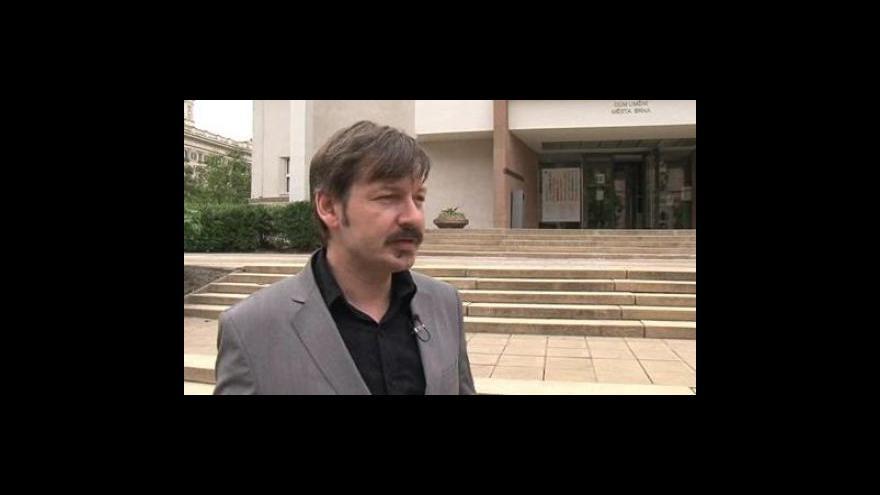 Video Rozhovor s kurátorem výstavy Richardem Fajnorem