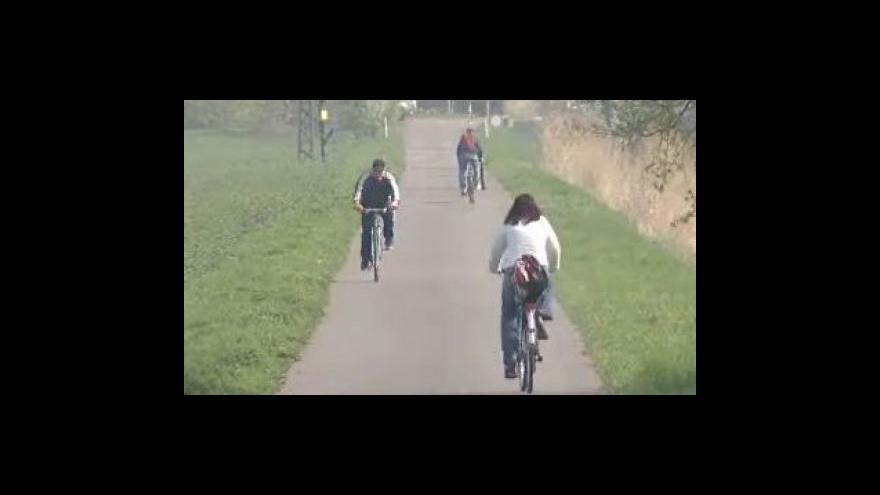 Video Cyklisté budou mít novou trasu podél Baťova kanálu