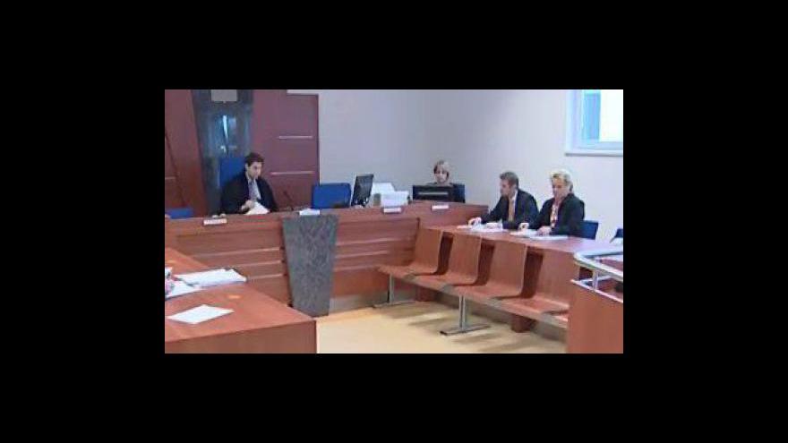 Video Koncipientka z Brna chtěla ovlivnit soudní znalkyni