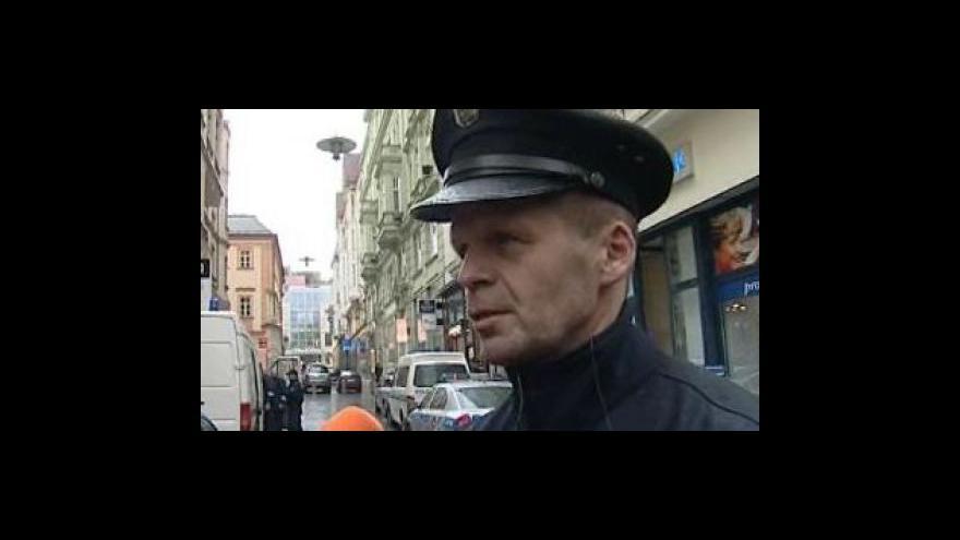 Video Bohumil Malášek (tiskový mluvčí Městského ředitelství Policie ČR) k případu podezřelého kufříku v centru Brna