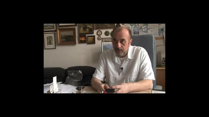 Video Miroslav Hirt (vedoucí ústavu soudního lékařství MU v Brně) o nálezeném embryu ve zkumavce