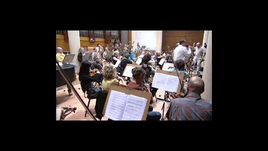 Video Filharmonie Bohuslava Martinů hraje Pink Floyd - záběry z dnešní zkoušky