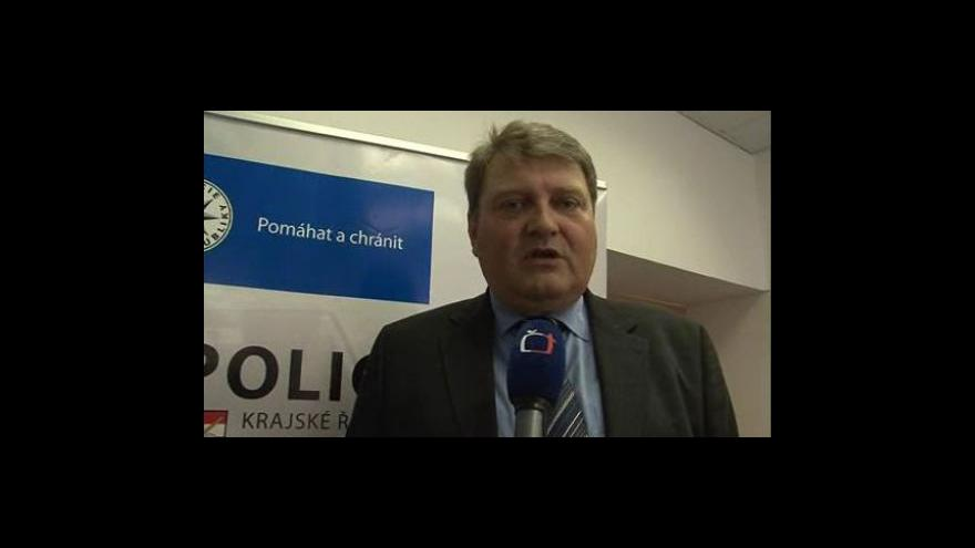 Video Petr Sikora, vedoucí jihomoravské kriminální policie, popisuje průběh loupežného přepadení