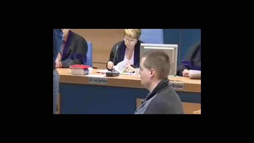 Video Zlínský soud s obžalovaným z vraždy babičky
