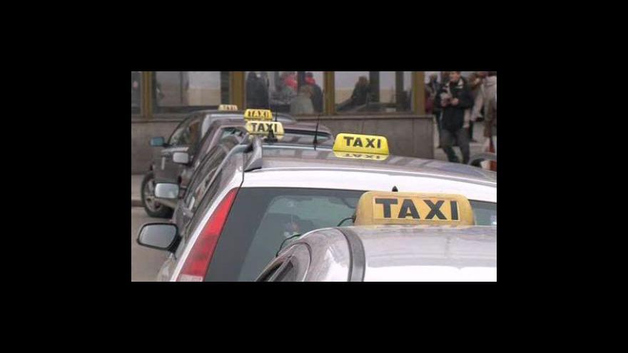 Video Právnička taxikářů Běla Sedláčková