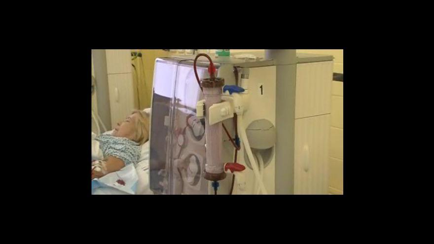 Video Doktor Jan Svojanovský vysvětluje jak funguje dialýza