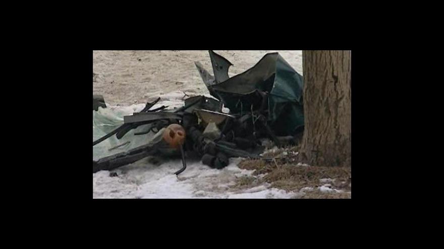 Video U Velkých Pavlovic se srazilo auto s popelářským vozem