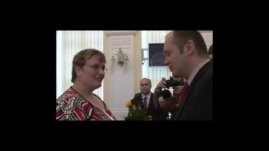 Video Nejoblíbenější učitelkou roku 2009 v Jihomoravském kraji je Iva Müllerová z Rájce-Jestřebí