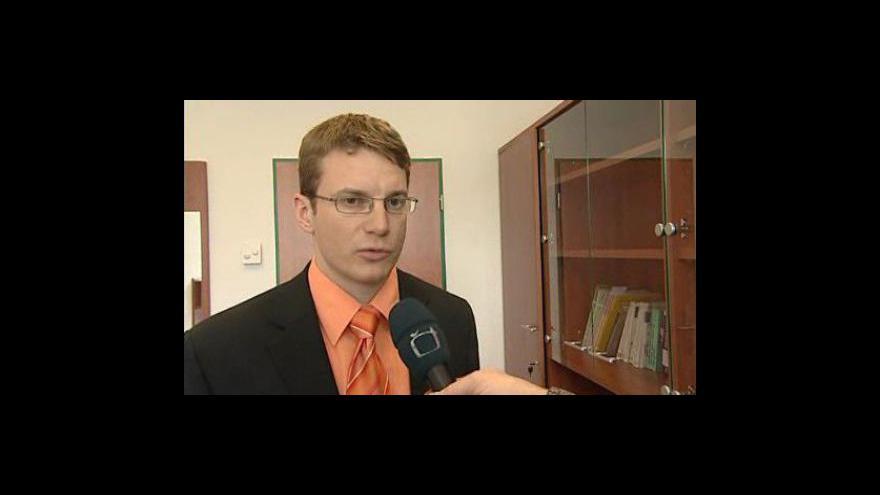 Video Státní zástupce ke znovuotevření případu
