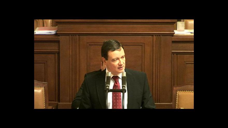 Video David Rath žádá o řádný oděv poslanců