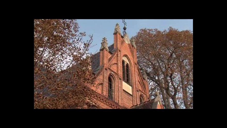 Video NO COMMENT: Židovský hřbitov v Břeclavi