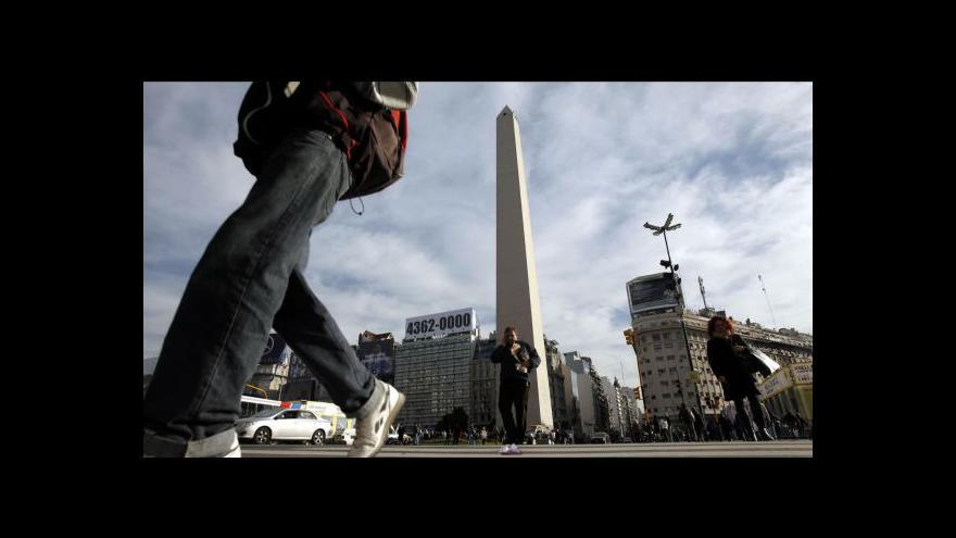 Video Nákupy dolarů v Argentině