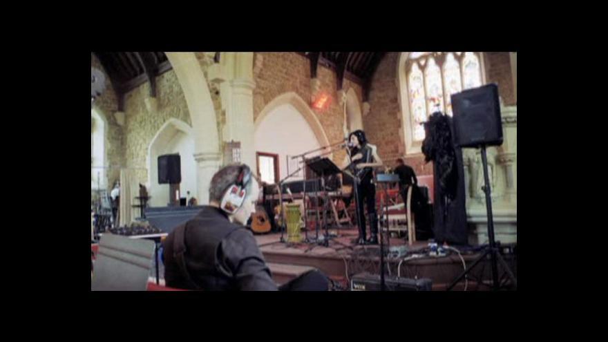 Video Petr Vizina o koncertu PJ Harvey