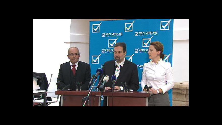 Video Brífink VV k zákonu o veřejných zakázkách
