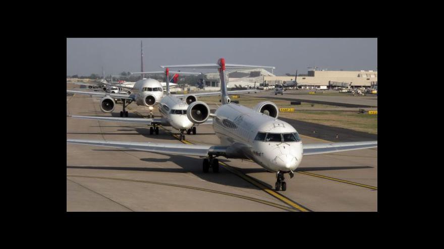 Video Americké aerolinky a emise