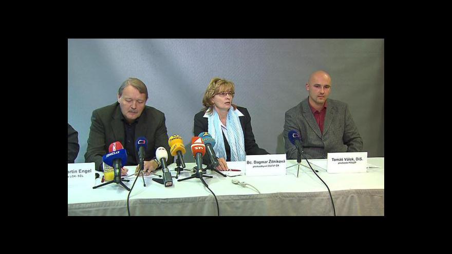 Video Brífink Zdravotnické trojky k možným protestům