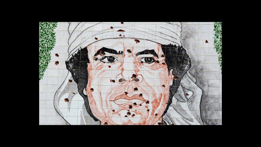 Video Odpolední události o dopadení a smrti Kaddáfího